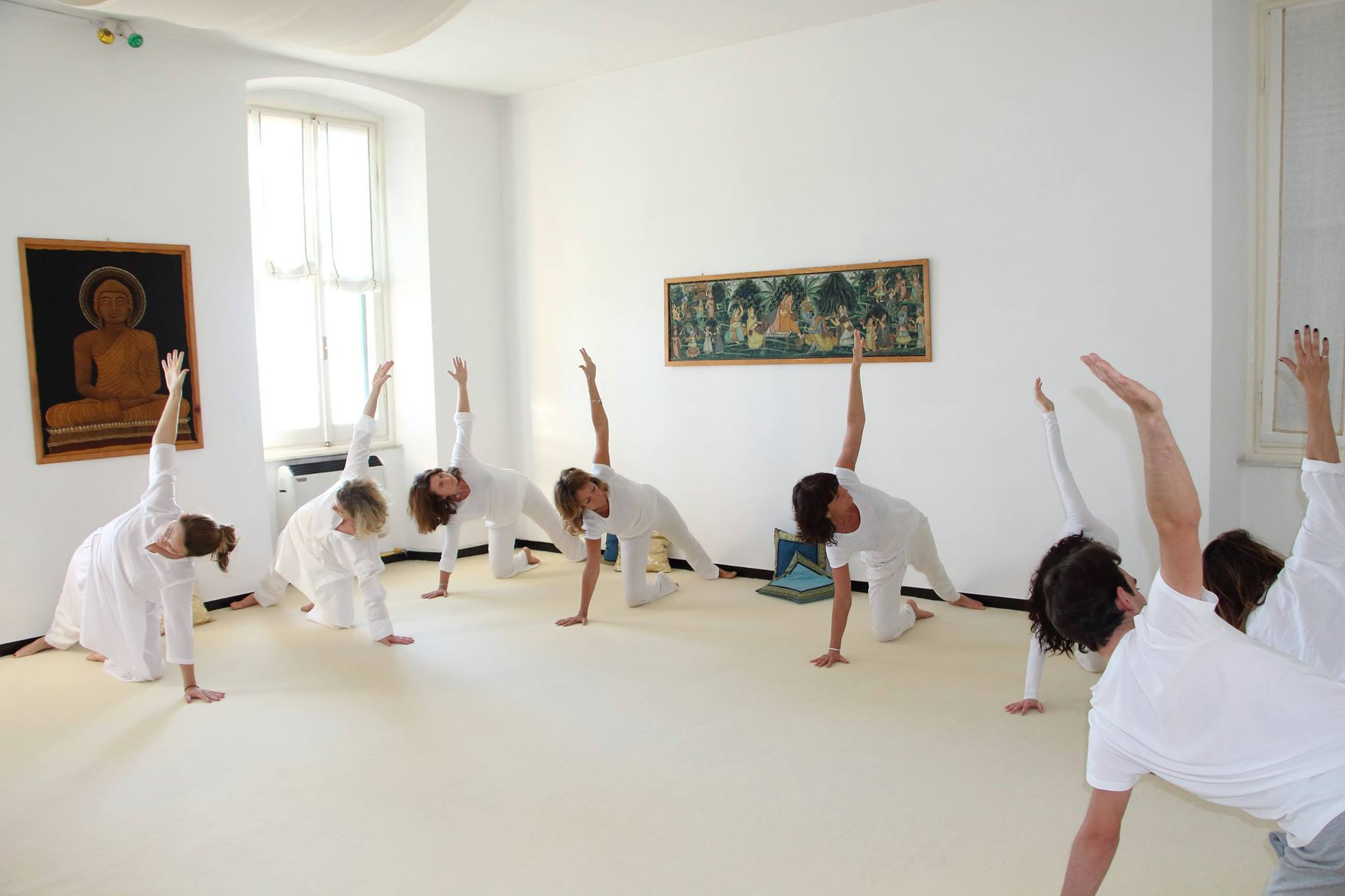yoga_allievi_sala_di_pratica